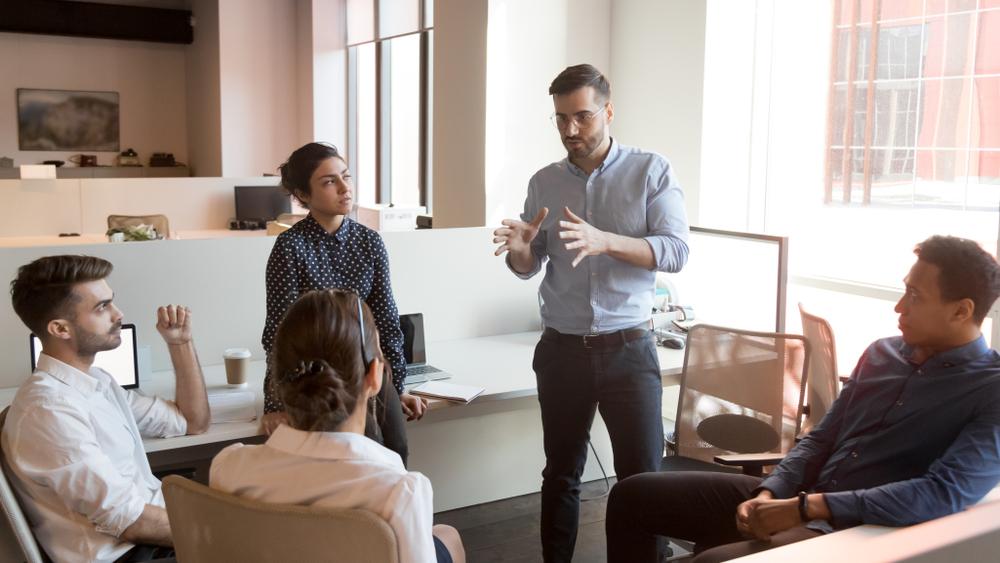 マネジメント層の人材育成の方法とは?
