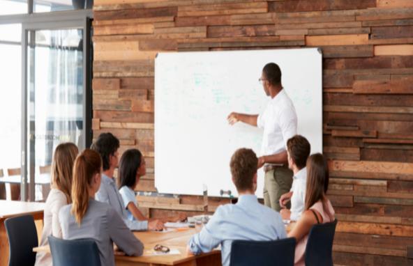 社員研修で「話し方」を教育するコツ